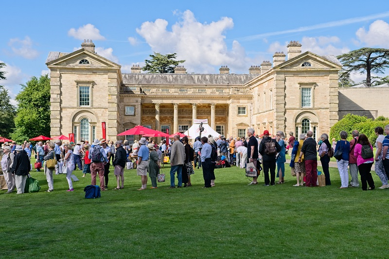 Image for BBC's Antiques Roadshow filmed at Compton Verney set to air this weekend
